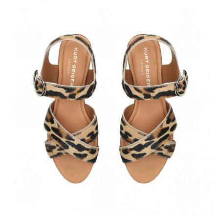 Where to find and buy flat sandals with good prices?