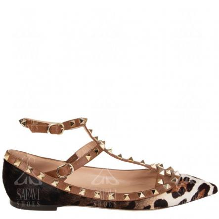 What is the leopard print flat sandal?
