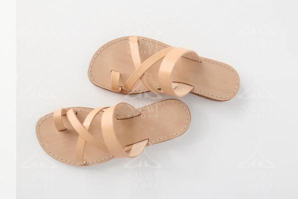 Important tips about buyiing flat sandals in bulk